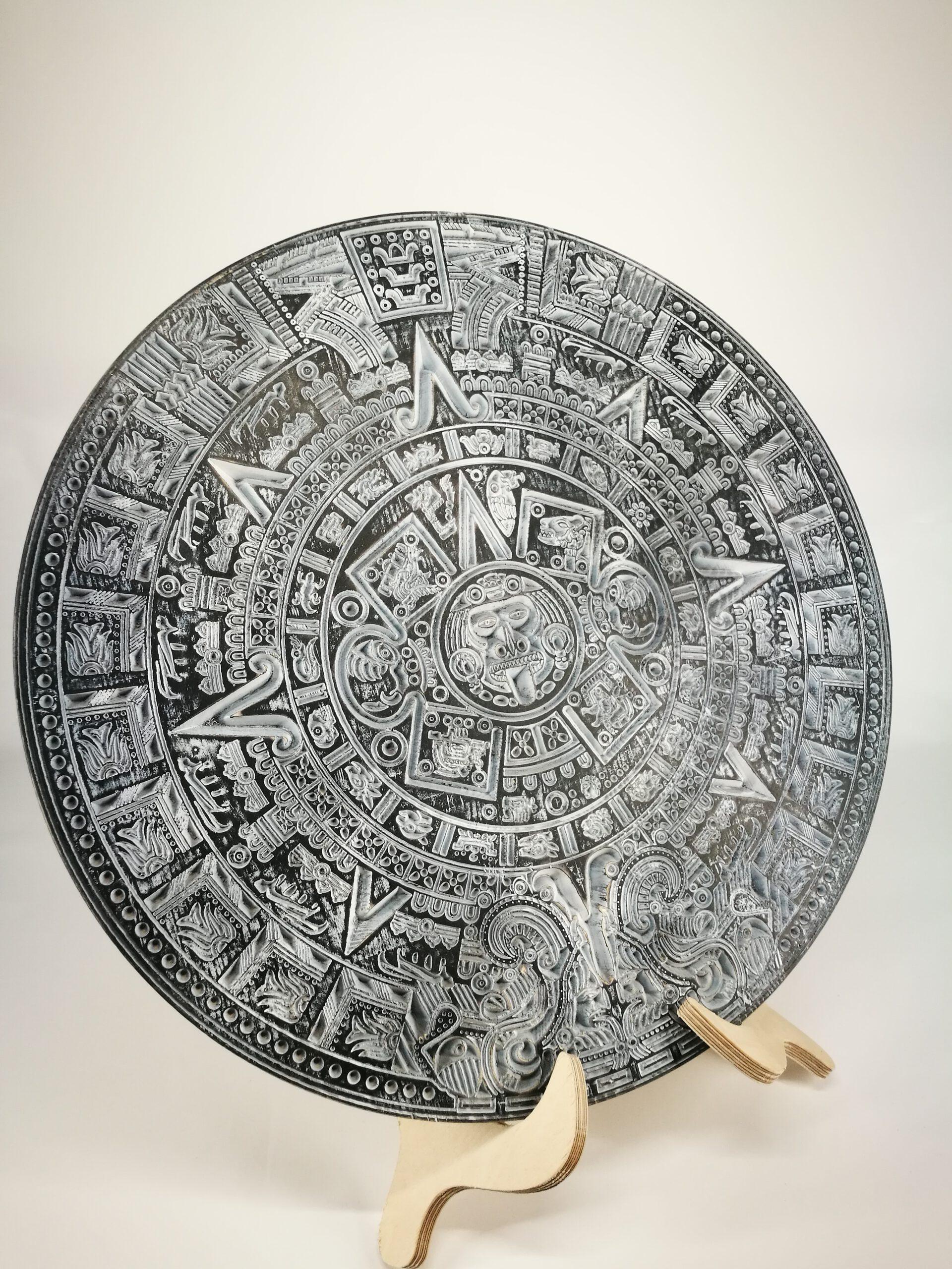 """Interjero dekoracija """"Juodasis Majų kalendorius """""""